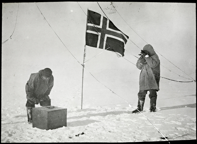 Amundsen and Hansen, South Pole
