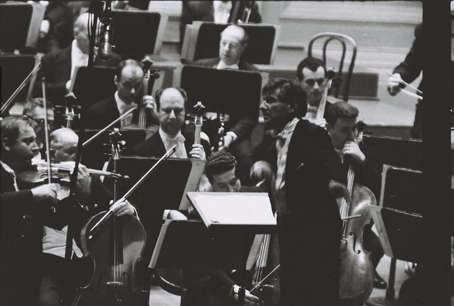 Isaac Stern, Leonard Bernstein, and the New York Philharmonic, 1960